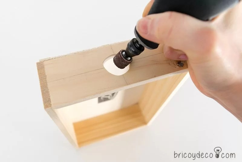 perforar la madera con una multiherramienta