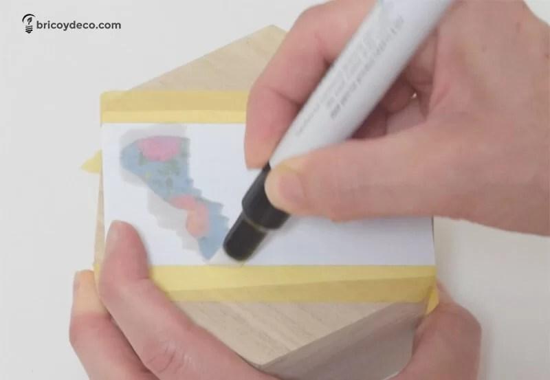 marcador para transferir imagen sobre madera