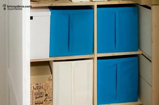 interior de armario con compartimento oculto