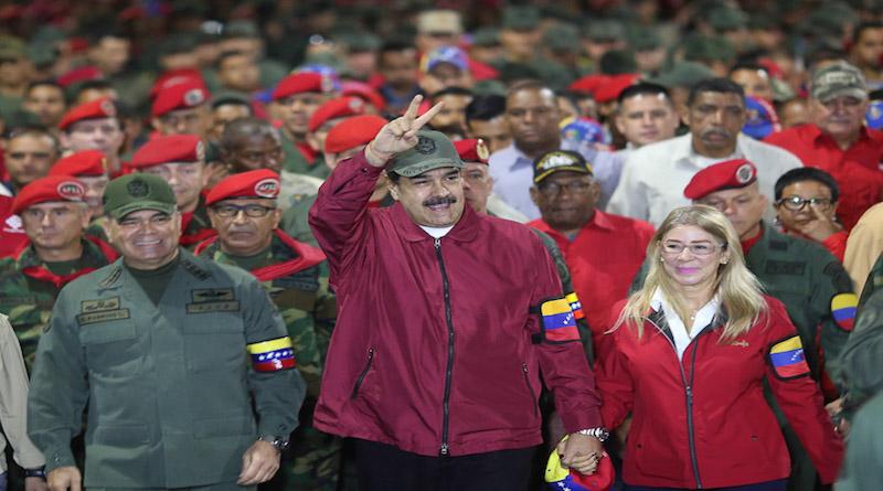 Nicolás Maduro ha encabezado la Marcha de la Dignidad conmemorando el 4F
