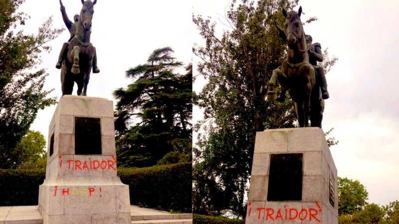Fascistas españoles atacan en Madrid una estatua del Libertador Simón Bolívar