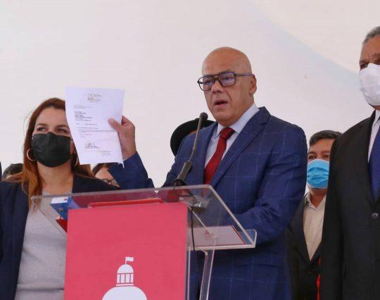El Senado de Colombia trata de restablecer relaciones con Venezuela