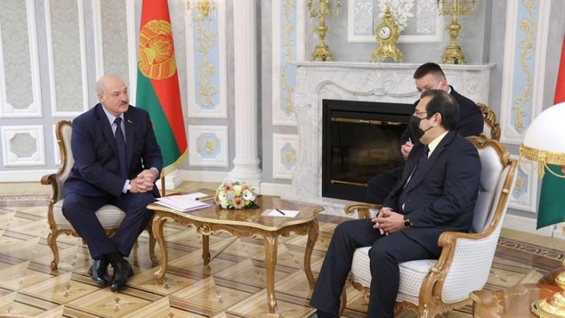 Lukashenko plantea fortalecer la relaciones entre Belarús y Venezuela