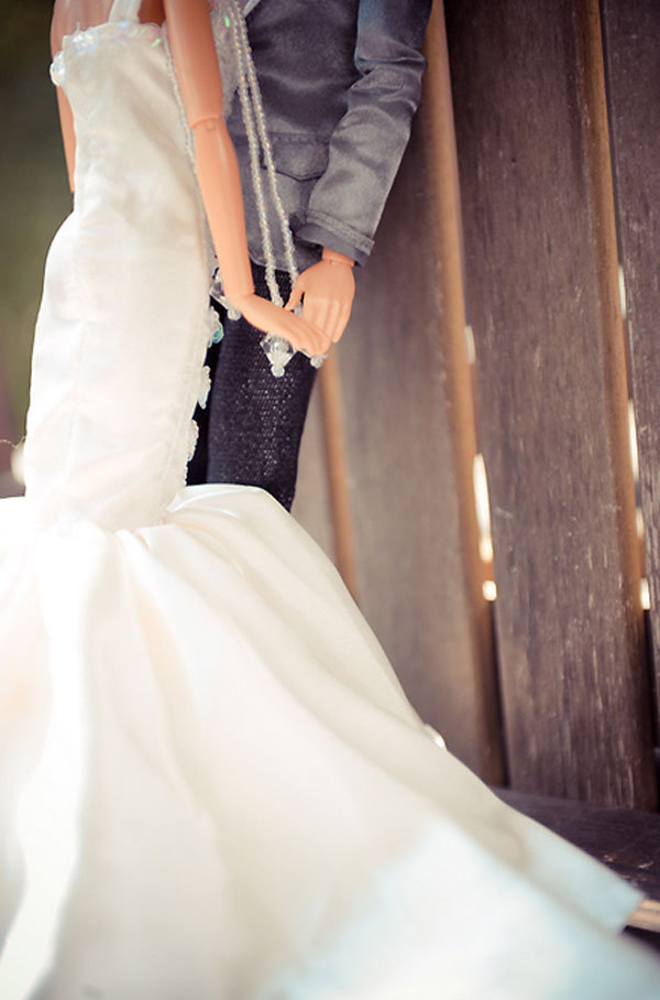 https://i1.wp.com/www.bridalguide.com/sites/default/files/blog-images/bridal-buzz/barbie-ken-wedding/barbie-ken-7.jpg