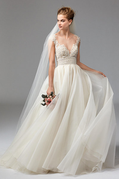 50 New Wedding Dresses With A Sweetheart Neckline