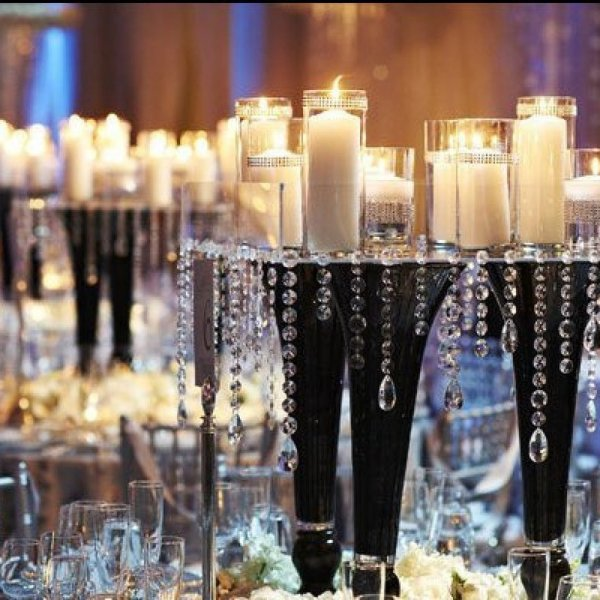 Wedding Table Centerpiece Idea Featured Vary Height Candlestickini Urn With Greenery 14 Inspiring