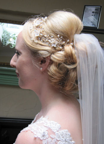 Bridal Hair By Helen Bridal Hair And Wedding Styles By