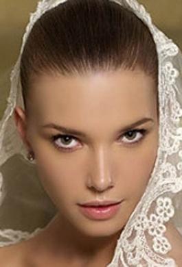 Bride Fashion Model 01