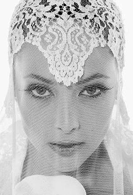 Bride Fashion Model (Black & White) 02