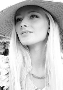 Bride Fashion Model (Black & White) 17