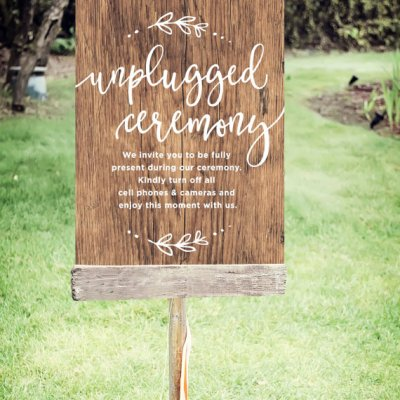 Being An Ethical Bride: Be in the Moment, is an Unplugged Wedding for You?