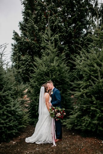 A Beautiful Christmas Tree Farm Wedding in the Pacific Northwest // Katie + Myles | British wedding blog - Bride and Tonic