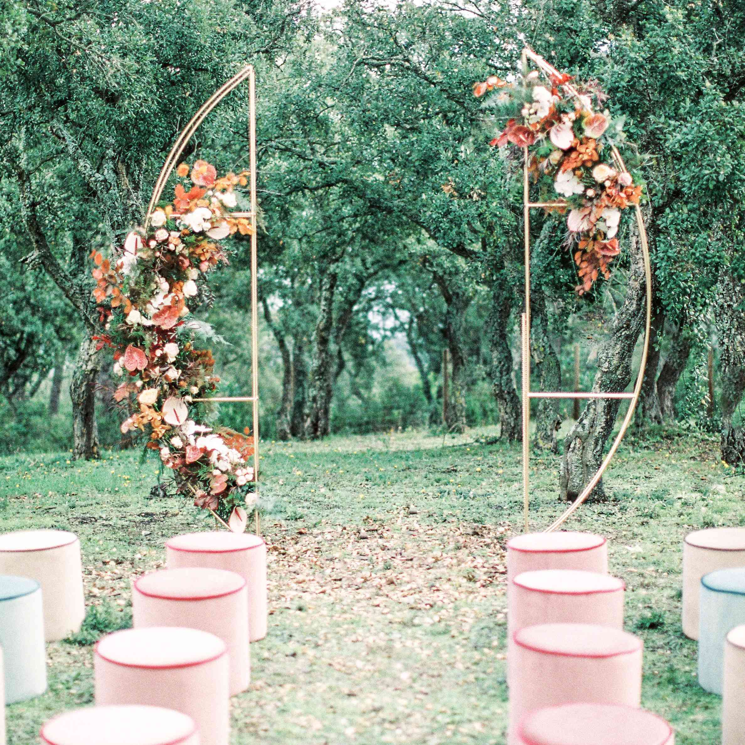 10 Seating Ideas For Your Wedding Ceremony Find Your