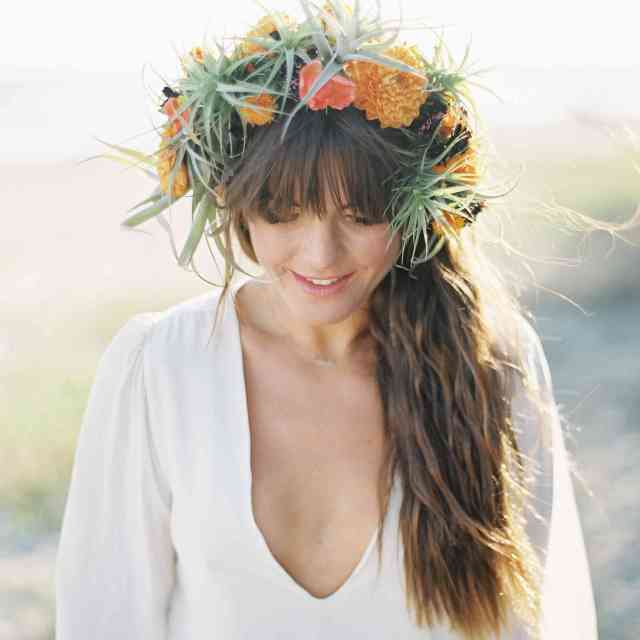 17 wedding hairstyle ideas for brides with bangs