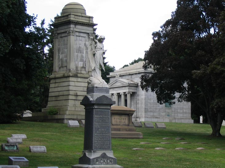 Woodlawn Cemetery Gravesites And Memorials Woodlawn The