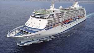 https://i1.wp.com/www.bridgehands.com/Reviews/Bridge_Cruises/Seven_Seas_Voyager.jpg