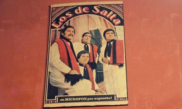 Los de Salta poster at casona del molino
