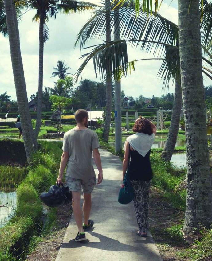 Walking to Sari Organik