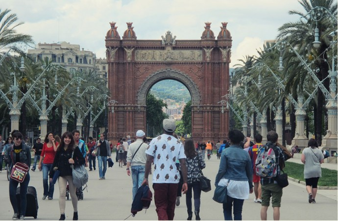Walking towards Arc de Trimof BCN