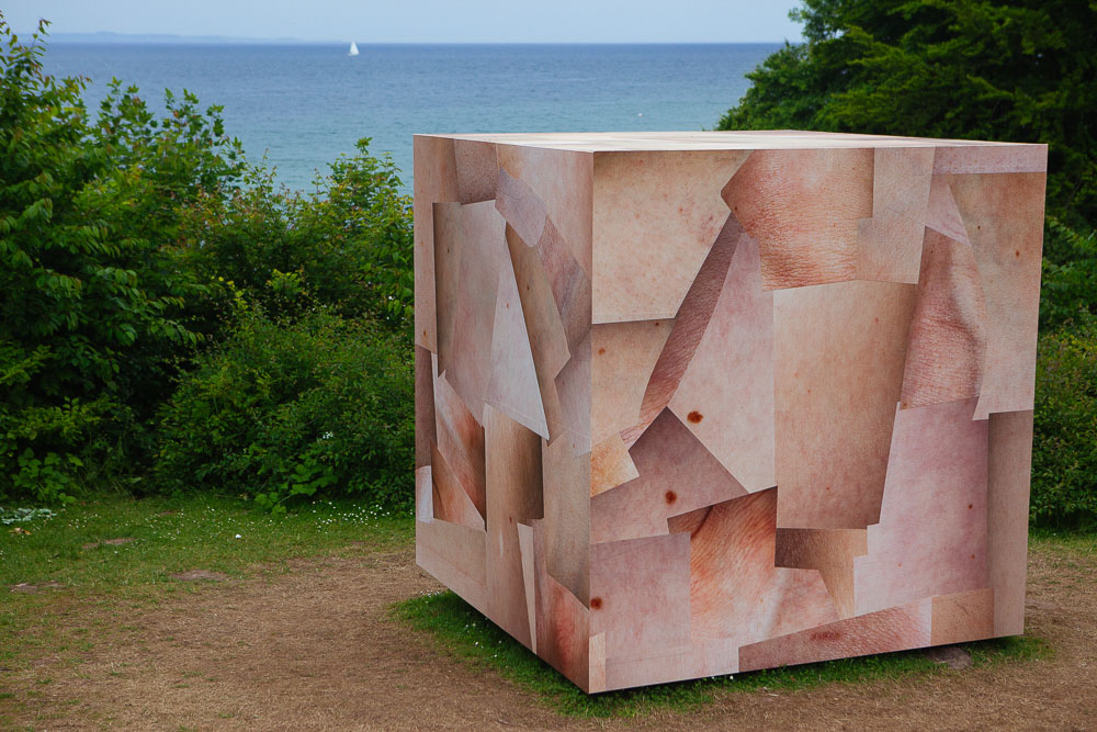 Louise Sparre, SKIN CUBE, sculpture by the sea aarhus