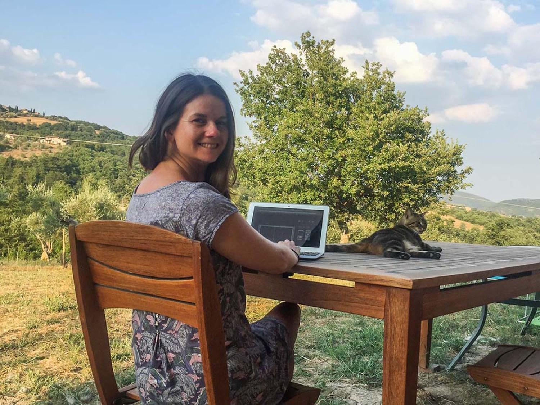 Erin - female travel blogger best of list