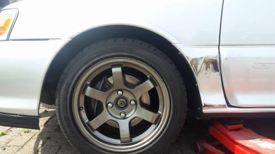 Genuine Ferrari paint included in sale?