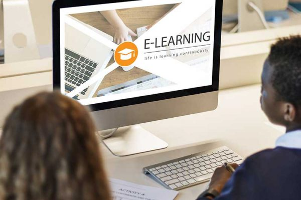 Training standalone e-learning course on a computer