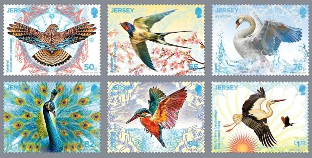 Vögel aus Jersey: Turmfalke, Schwalbe, Schwan, Pfau, Eisvogel, Storch