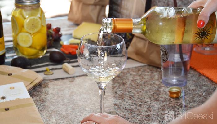 White Wine Pour, Summer Wine Tasting