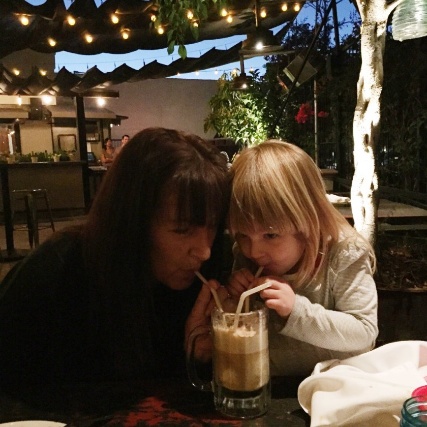 Madre and kiddo enjoying the root beer float