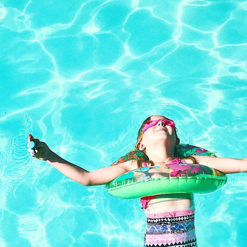 Palm Springs Pool Time