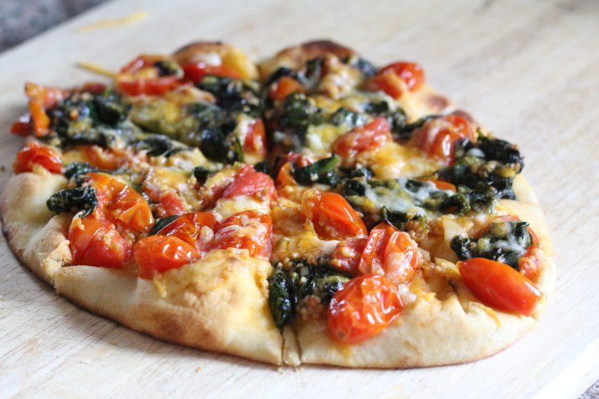 Spinach, Tomato and Garlic Pizza