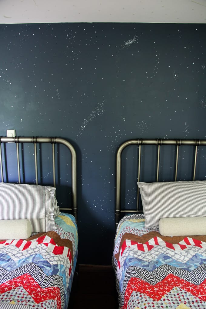 How to Paint a Night Sky Wall