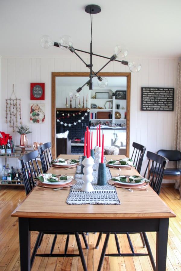 Modern Dining Table Christmas Decor