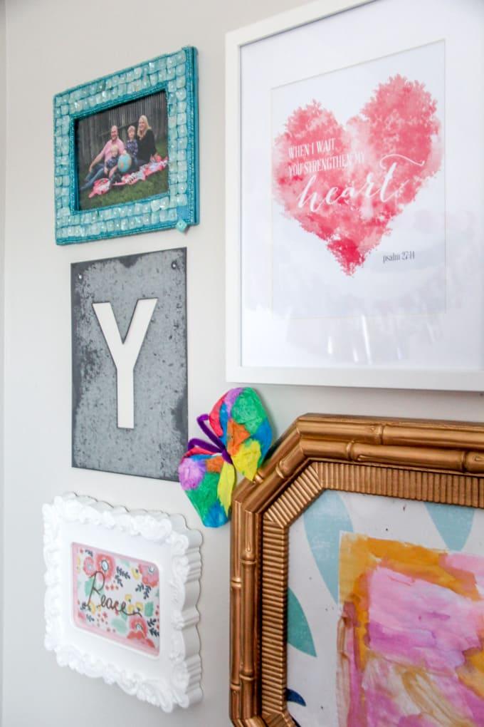 Gallery Wall in little Girl Bedroom