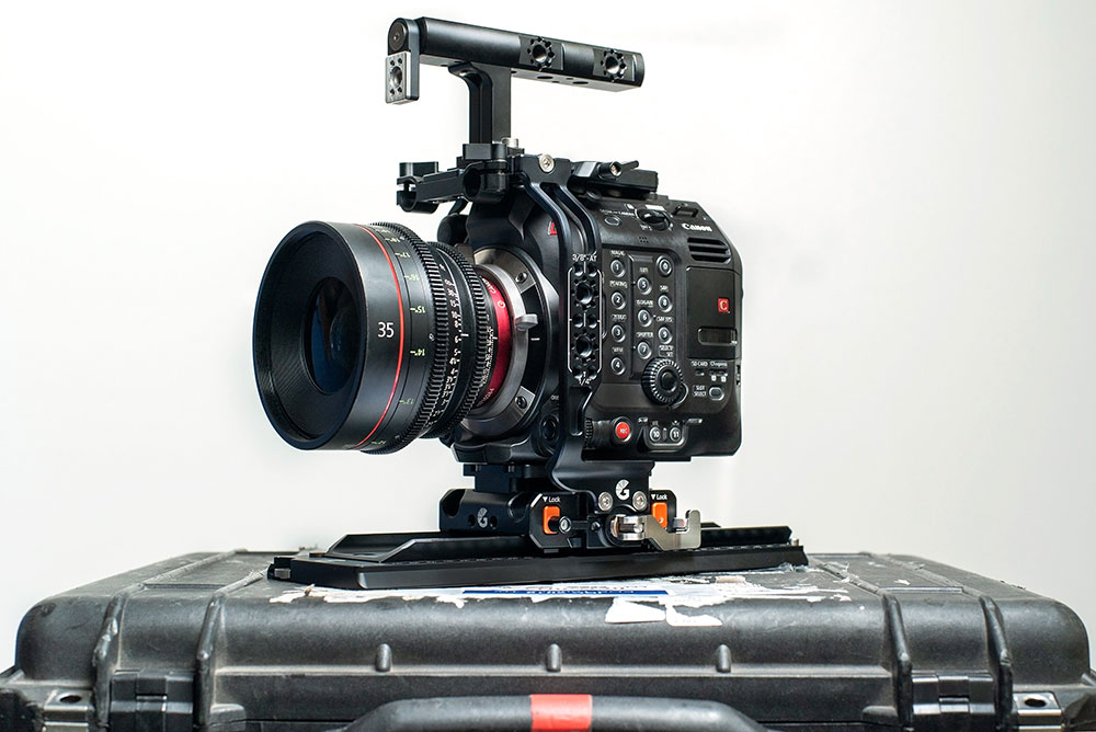 The patent pending Open•UP quick release system on the Canon EOS C500 Mark II Left Field Cage