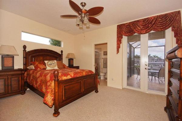 Villa Dolce Vita Vacation rentals in Cape Coral Florida