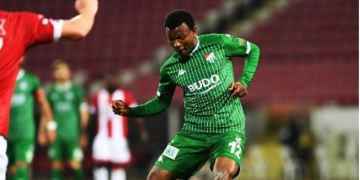 Abdullahi solely committed to Bursaspor promotion chase, amid new contract talks - Latest Sports News In Nigeria