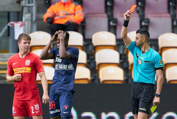 Makinde scores first Superliga goal as Frank Onyeka sees red in Denmark - Latest Sports News In Nigeria
