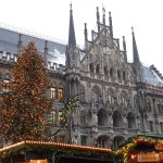 Alpine Christmas Market Tour, Christmas tree in front of a gothic cathedral