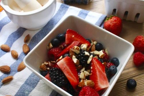 Breakfast Berries & Almond Bowl