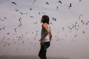 Woman_Birds_BenjaminCombs_web