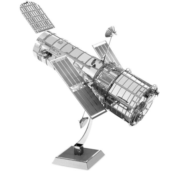 Hubble Telescope Metal Earth 3D Model