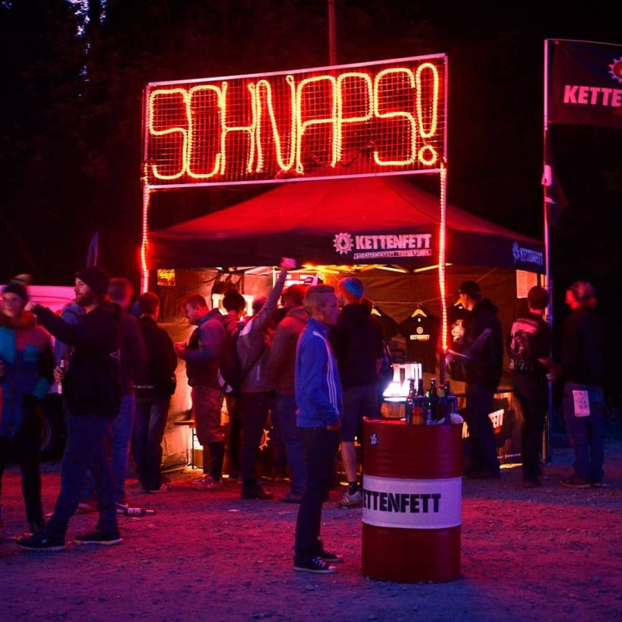 Kettenfett Markt Abends Schnaps Reklame