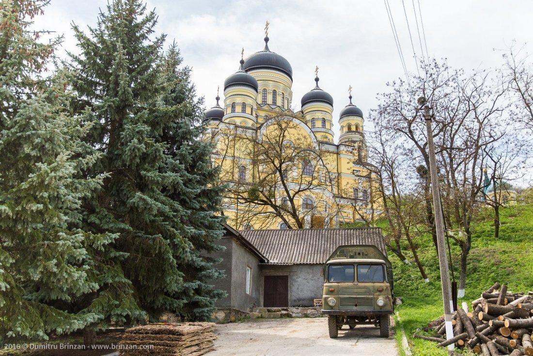 hancu-monastery-moldova-2016-2