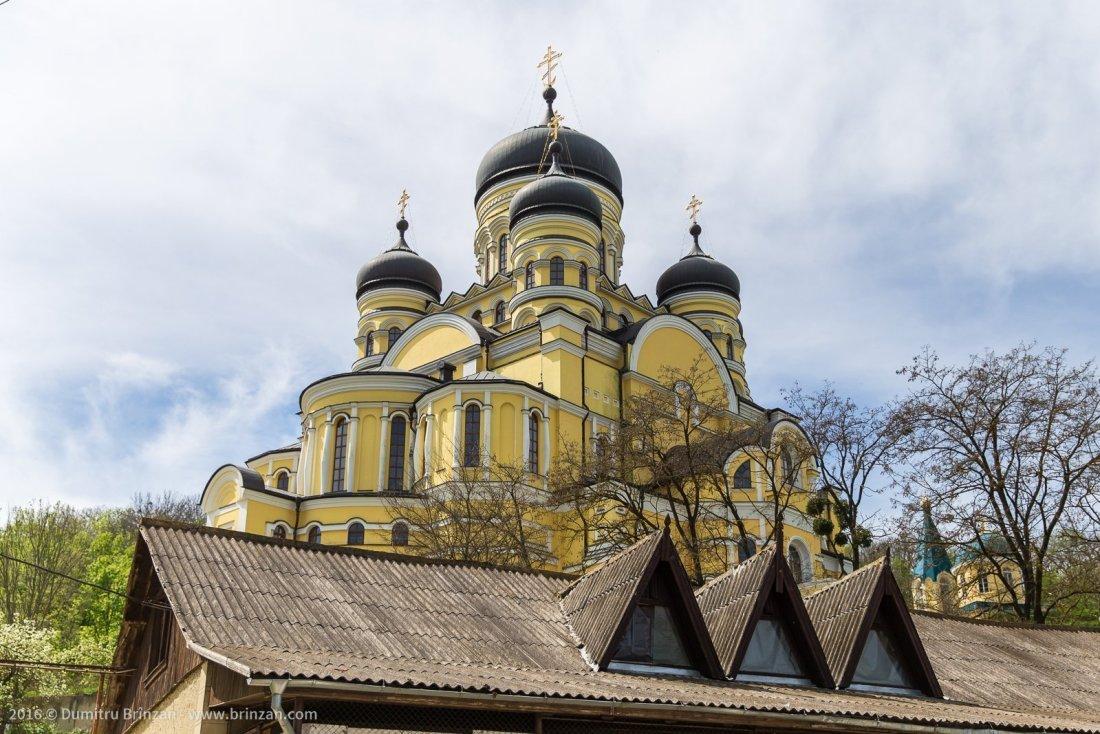 hancu-monastery-moldova-2016-3