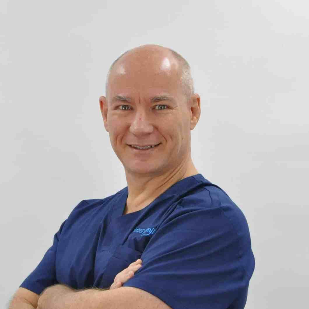Dr Ross Foreman