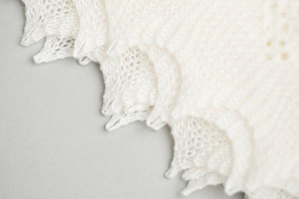 Super-fine Merino wool shawl by G.H.Hurt & Son - Close -up