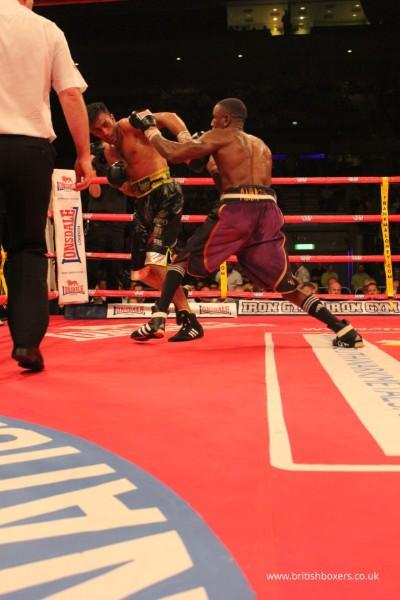 Hamilton v Anwar-fight-pics