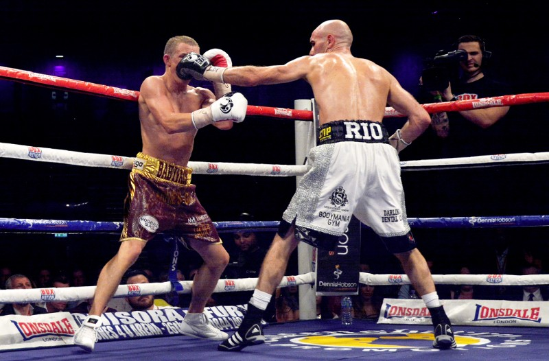 Paul Butler beats stuart hall world title